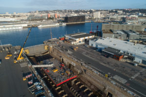 Chantier de rénovation Ponton Blue Navy ETPO. Dans la forme numero 4, zone portuaire du Havre - Seine-Maritime - (76)- 28 fevrier 2019