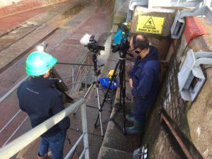 Interview dans l'escalier de la forme numéro 4 de la zone portuaire du Havre.