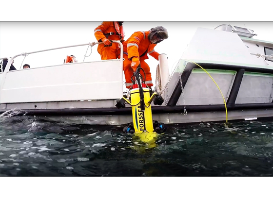 mise a l eau connecteur sous-marin
