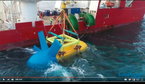 immersion de l'hydrolienne Sabella D10